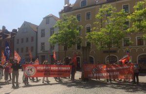 50 Personen erinnern an den 75. Jahrestag der Befreiung vom Hitlerfaschismus
